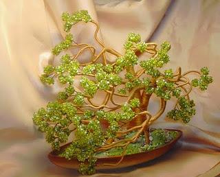 легкие цветы из бисера - О том, как плести бисером.